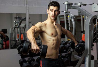 Sèche : comment dois-je m'entraîner en musculation pour perdre du gras ?