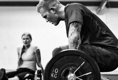 Musculation : comment bien récupérer entre 2 séances pour prendre du muscle plus rapidement ?