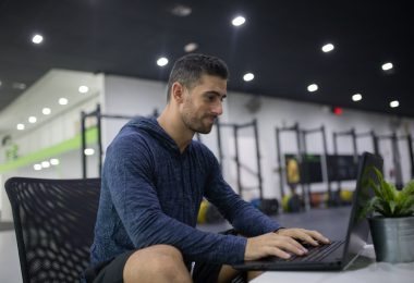 Coaching à distance : est-ce aussi efficace qu'en salle de sport ? Qu'attendre de votre coach ?